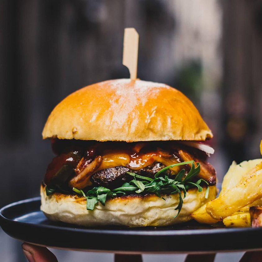 De-Vegan-Horecaspeciliast-burger_klein